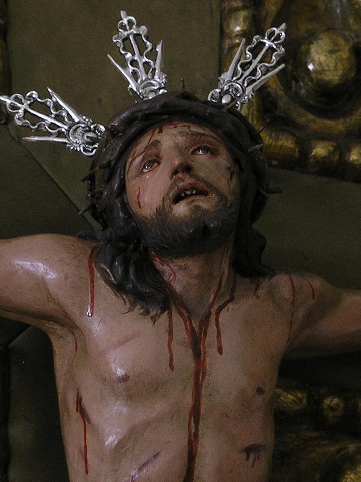 crucificado particular lourdes hernandez